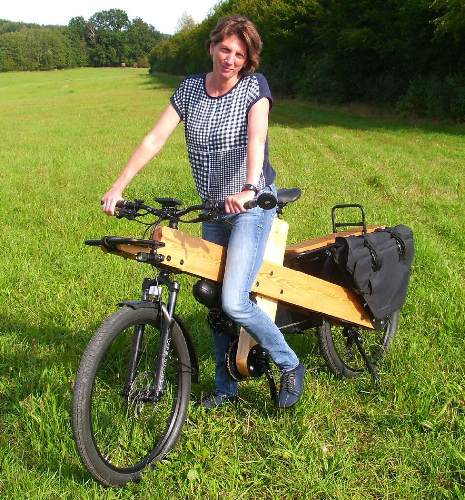 33 Liter Multicharger Seitentaschen am Lastenrad woodi
